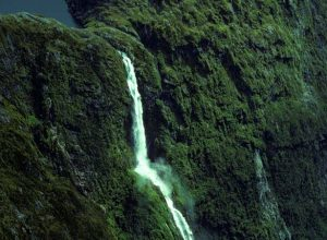 Sutherland Falls (Natural Sciences Image Library of New Zealand, Go13324Rbt